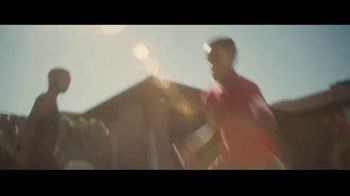 Gillette TV Spot, 'Shaquem Griffin: Your Best Never Comes Easy' - Thumbnail 4