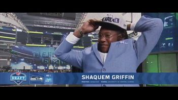Gillette TV Spot, 'Shaquem Griffin: Your Best Never Comes Easy' - Thumbnail 7