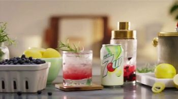 Diet 7UP TV Spot, 'Blueberry Smash' - Thumbnail 1