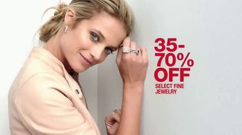 Macy's 48 Hour Sale TV Spot, 'Fine Jewelry, Suits and Shoes for Her' - Thumbnail 3