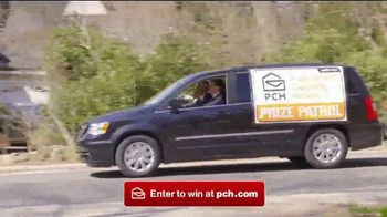 Publishers Clearing House TV Spot, '$2,500 A Week Forever: Award Day' - Thumbnail 2