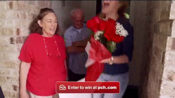 Publishers Clearing House TV Spot, '$2,500 A Week Forever: Award Day' - Thumbnail 7