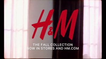 H&M 2018 Fall Collection TV Spot, 'Time to Chill' Featuring Talulah Riley - Thumbnail 10