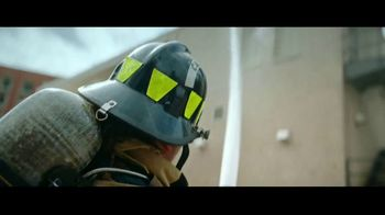2018 Ford Fusion TV Spot, 'Born to Roll: Firefighter Nikkoel Gilmore' [T2] - Thumbnail 3