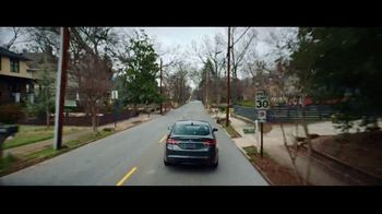 2018 Ford Fusion TV Spot, 'Born to Roll: Firefighter Nikkoel Gilmore' [T2] - Thumbnail 4