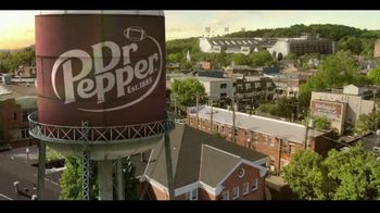 Dr Pepper TV Spot, 'Fansville: Family Huddle' - Thumbnail 1