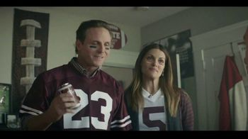 Dr Pepper TV Spot, 'Fansville: Family Huddle' - Thumbnail 3