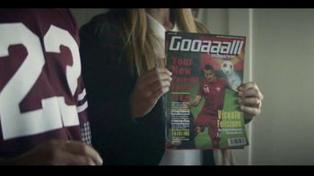 Dr Pepper TV Spot, 'Fansville: Family Huddle' - Thumbnail 5