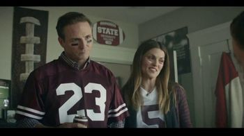 Dr Pepper TV Spot, 'Fansville: Family Huddle' - Thumbnail 9