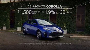 2019 Toyota Corolla TV Spot, 'Robot Butler' [T2] - Thumbnail 8