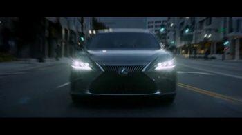 Lexus ES TV Spot, 'Why Bother' [T1] - Thumbnail 6