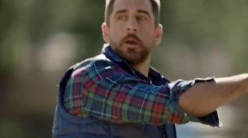IZOD TV Spot, 'Ad Clichés' Featuring Colin Jost, Aaron Rodgers - Thumbnail 6