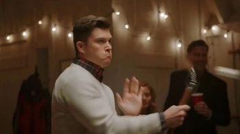 IZOD TV Spot, 'Ad Clichés' Featuring Colin Jost, Aaron Rodgers - Thumbnail 8