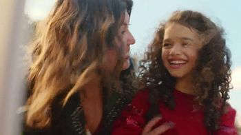 JCPenney TV Spot, 'Stand Out' Song by Redbone - Thumbnail 6