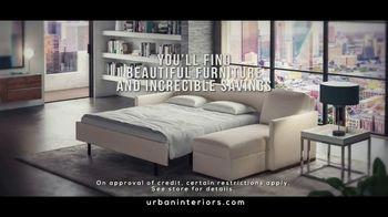 Urban Interiors & Thomasville Fall Kick-Off Sale TV Spot, 'Furniture' - Thumbnail 5