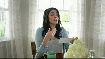 Triscuit TV Spot, 'Non-GMO Project Verified' Featuring Cecily Strong - Thumbnail 9