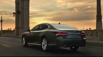 Lexus LS 500 TV Spot, 'Dimensions' [T1] - 2209 commercial airings