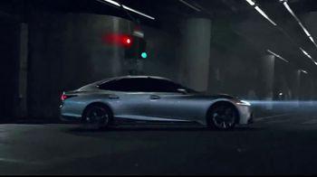 Lexus LS 500 TV Spot, 'Dimensions' [T1] - Thumbnail 5