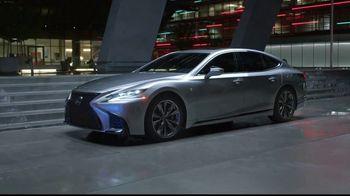 Lexus LS 500 TV Spot, 'Dimensions' [T1] - Thumbnail 8