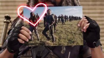 AMC The Walking Dead Supply Drop TV Spot, 'Ezekiel Unboxes Supplies' - Thumbnail 4
