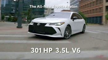 2019 Toyota Avalon TV Spot, 'Play Just Got Serious' [T1] - Thumbnail 6