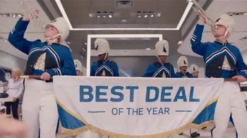 XFINITY Best Deal of the Year TV Spot, 'Marching Band: $300 Back' - Thumbnail 3