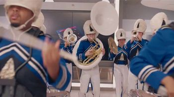 XFINITY Best Deal of the Year TV Spot, 'Marching Band: $300 Back' - Thumbnail 7
