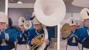 XFINITY Best Deal of the Year TV Spot, 'Marching Band: $300 Back' - Thumbnail 8