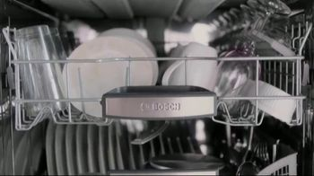 Finish Jet-Dry Rinse Aid and Bosch TV Spot, 'Cleaner Drier Dishes' - Thumbnail 6