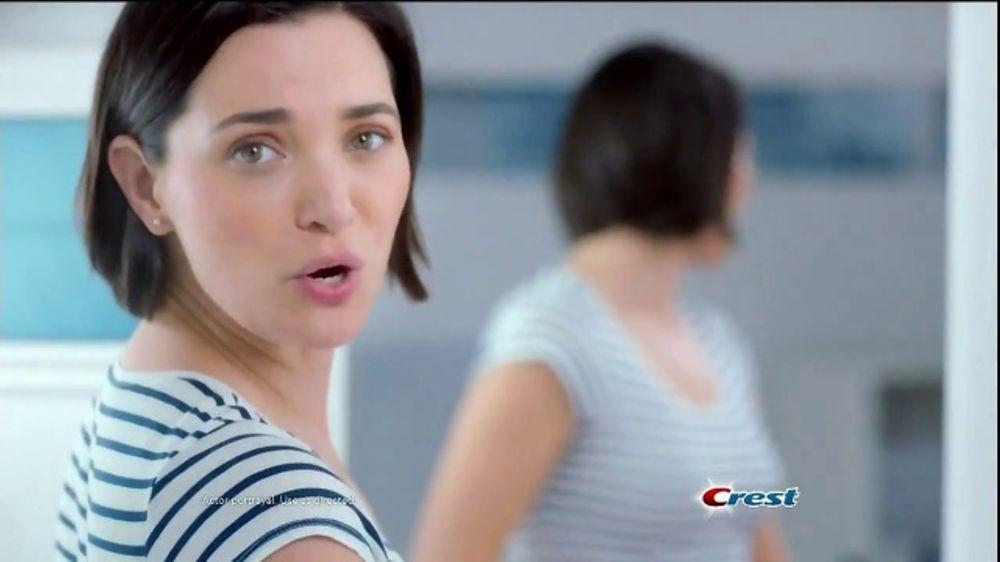 Crest Gum Detoxify TV Commercial, 'Reverse Damage: Coupon'