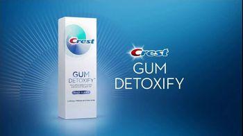 Crest Gum Detoxify TV Spot, 'Reverse Damage: Coupon' - Thumbnail 4