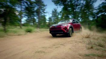 2018 Toyota RAV4 TV Spot, 'Life of Adventure' [T1] - Thumbnail 10