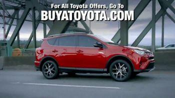 2018 Toyota RAV4 TV Spot, 'Life of Adventure' [T1] - Thumbnail 8