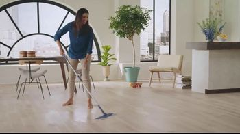 Bona Wet Cleaning Pads TV Spot, 'Every Step Should Feel This Good: No Mess' - Thumbnail 6