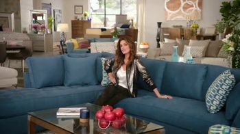 Rooms to Go TV Spot, 'Sofia Vergara Collection & Cindy Crawford Home' - Thumbnail 5