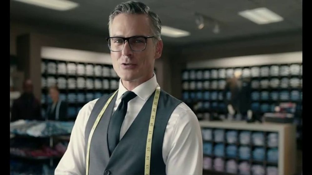 Men's Wearhouse Pre-Season Sale TV Commercial, 'Stand Out'