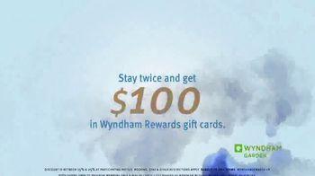 Wyndham Rewards TV Spot, 'Best Travel Conditions' Featuring Kristofer Hivju - Thumbnail 10