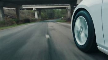 General Tire TV Spot, 'Sports Cars and Sedans' - Thumbnail 5