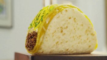 Taco Bell $5 Double Cheesy Gordita Crunch Box TV Spot, 'Added to the Sides' - Thumbnail 1