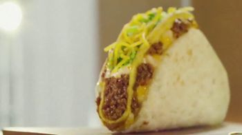 Taco Bell $5 Double Cheesy Gordita Crunch Box TV Spot, 'Added to the Sides' - Thumbnail 2