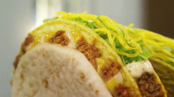 Taco Bell $5 Double Cheesy Gordita Crunch Box TV Spot, 'Added to the Sides' - Thumbnail 6