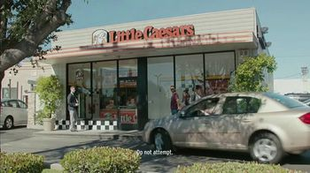 Little Caesars Pizza Hot-N-Ready Large Classic TV Spot, 'Tasty Dinner' - Thumbnail 1