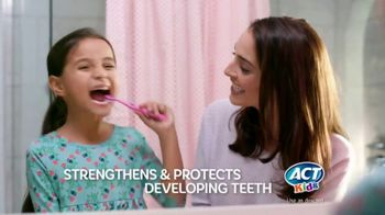 ACT Kids Toothpaste TV Spot, 'One Thing Is Easier' - Thumbnail 6
