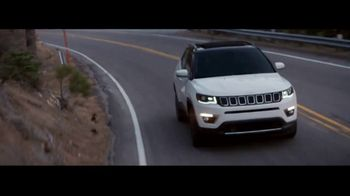 Jeep Summer of Jeep TV Spot, 'Full Line: Sold Out' Song by OneRepublic [T2] - Thumbnail 4