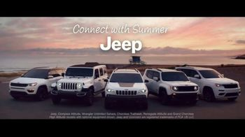 Jeep Summer of Jeep TV Spot, 'Full Line: Sold Out' Song by OneRepublic [T2] - Thumbnail 8