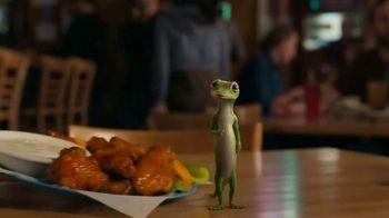 GEICO Motorcycle TV Spot, 'Spicy Wings' - Thumbnail 3