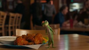 GEICO Motorcycle TV Spot, 'Spicy Wings' - Thumbnail 4