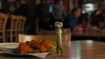 GEICO Motorcycle TV Spot, 'Spicy Wings' - Thumbnail 5