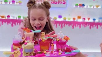 Num Noms Snackables TV Spot, 'Snow Cones and Silly Shakes with Slime' - Thumbnail 4