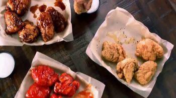 Wingstop Big Night In Bundle TV Spot, 'Date sabor' [Spanish] - Thumbnail 6